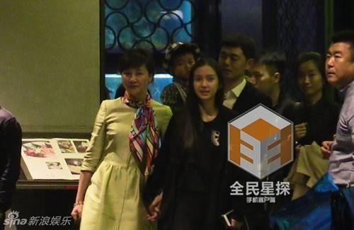 Huỳnh Hiểu Minh chia sẻ với anh gia đình là quan trọng nhất.