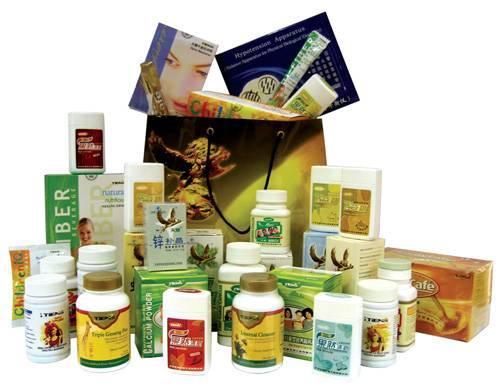 Thực phẩm chức năng đa dạng với đủ nhãn hiệu, thể loại và công dụng.
