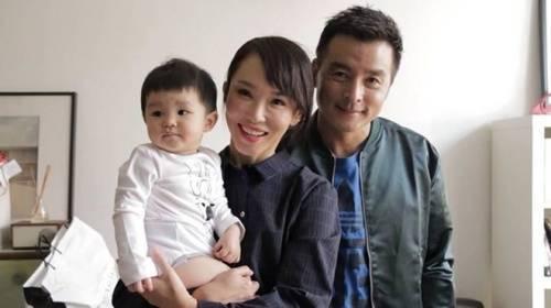 Phạm Văn Phương và Lý Minh Thuận chờ đợi nhiều năm mới có con trai. Nhưng tình cảm chưa bao giờ thay đổi.