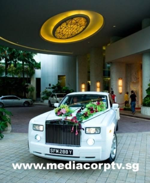 Dàn xe sang trong lễ cưới được truyền hình trực tiếp của Phạm Văn Phương - Minh Thuận.