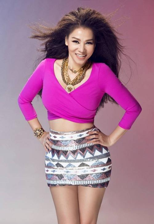 Just Love hứa hẹn sẽ là một hit khủng nữa của cựu HLV Giọng hát Việt mùa đầu tiên sau loạt hit: Đường cong, Bay, Taxi, Yêu mình anh, Đừng yêu…