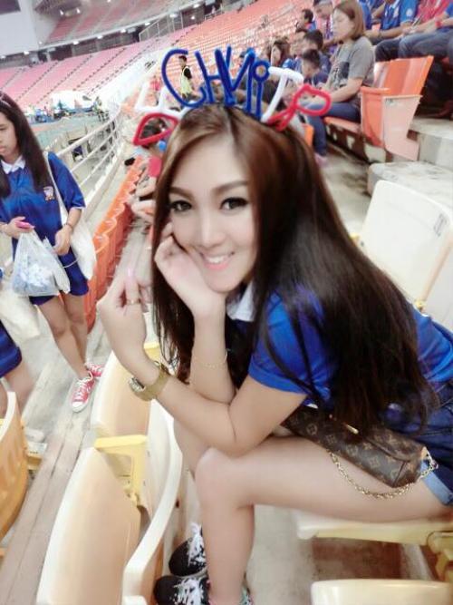 nu-cdv-thai-lan-xinh-dep-thieu-dot-san-my-dinh (5)