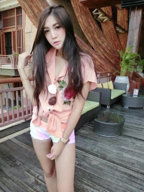 nu-cdv-thai-lan-xinh-dep-thieu-dot-san-my-dinh (7)