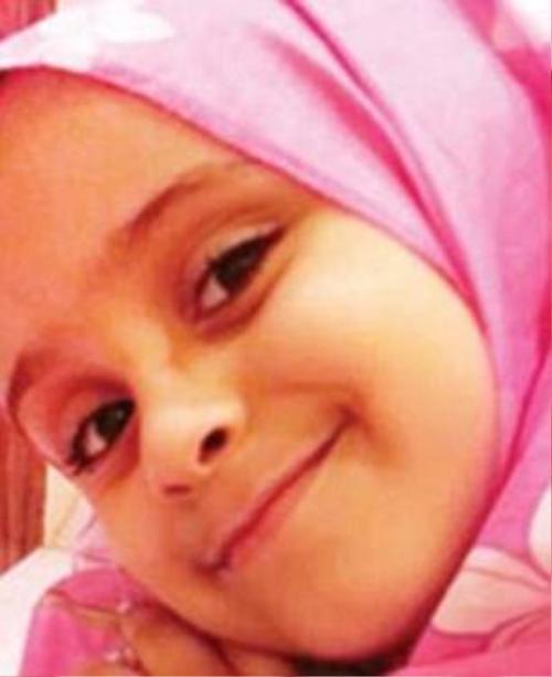 Cô bé Yara, 7 tuổi, bị cha đánh vào đầu và lấy roi quật khắp người dẫn đến tử vong chỉ vì không muốn sống với cha sau vụ ly hôn của cha mẹ.