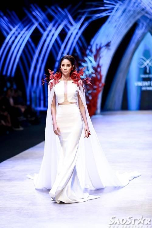 saostar - pham huong (13)