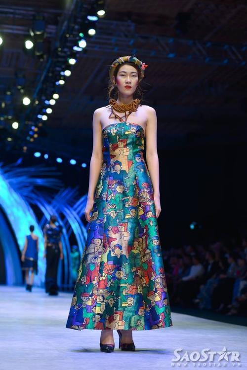 Mẫu váy trong bộ sưu tập của NTK Thủy ễn.