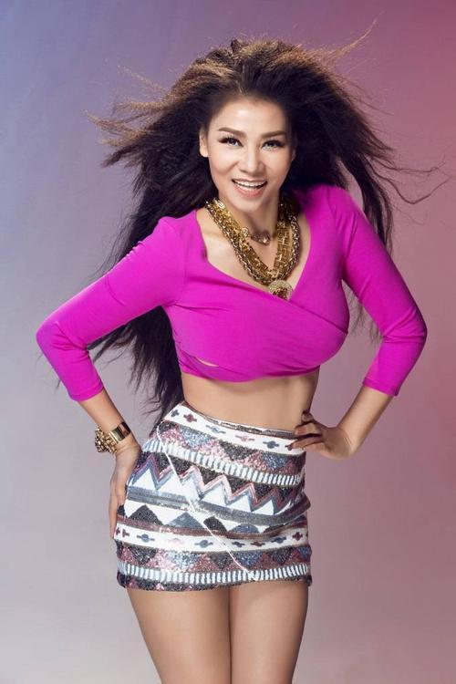 Ca sĩ Thu Minh.