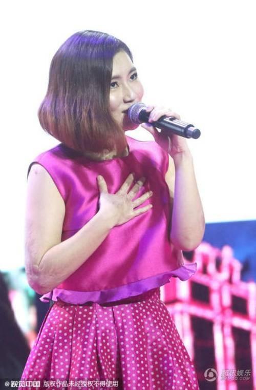 Nữ ca sĩ sôi nổi trở lại với showbiz.