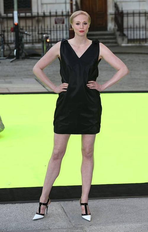 Khi nhà sản xuất series truyền hình Game Of Thrones muốn tìm kiếm diễn viên thể hiện vai chiến binh Brienne, họ tìm đến nữ diễn viên người Anh Gwendoline Christie với vóc dáng 1m91.
