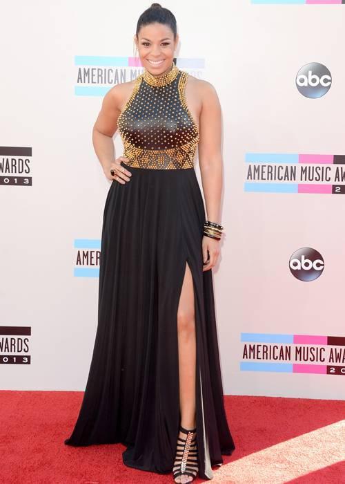 Vóc người đậm nên ít ai biết rằng quán quân American Idol Jordin Sparks cao tới 1m83.