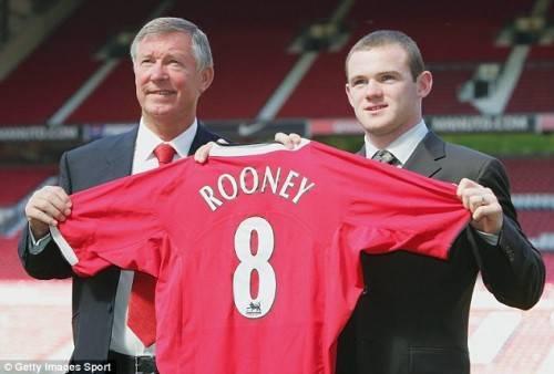 Tháng 8/2014 Rooney chuyển tới MU và giờ đây anh chàng đã là huyền thoại mới ở MU.