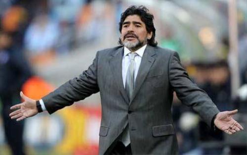 Maradona hiện tại đang gấp rút lo cho lễ cưới của mình