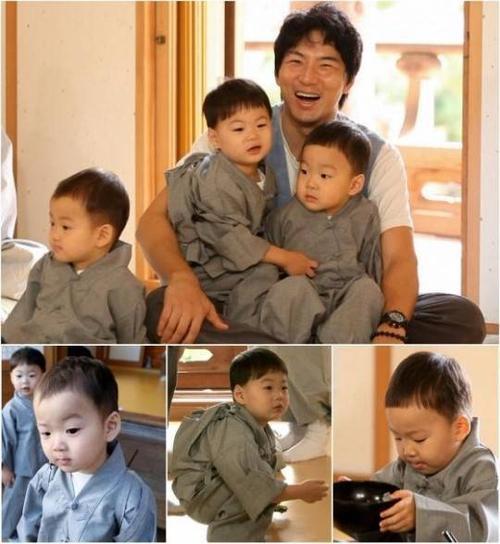 Song Il Gook và 3 cậu con trai Dae Han, Min Guk và Man Se.