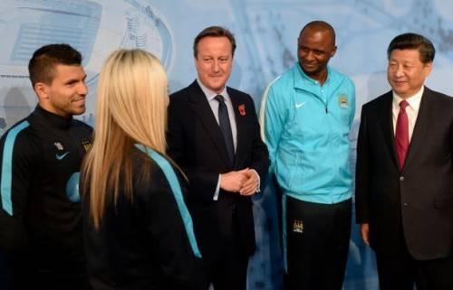 Cả hai trong buổi đón tiếp Chủ tịch Trung Quốc.