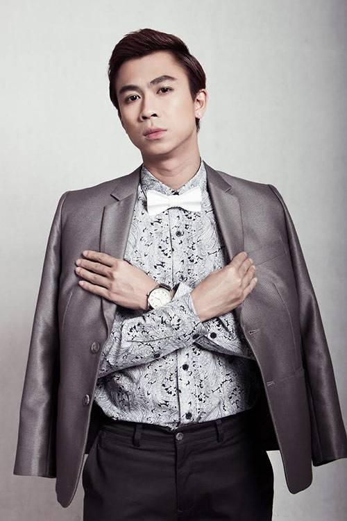 Ca sĩ Hồ Việt Trung.