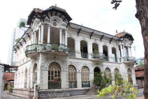 Biệt thự Phương Nam được xây dựng hoàn toàn bằng vật liệu được nhập từ Pháp (Ảnh: Hà Nguyễn).