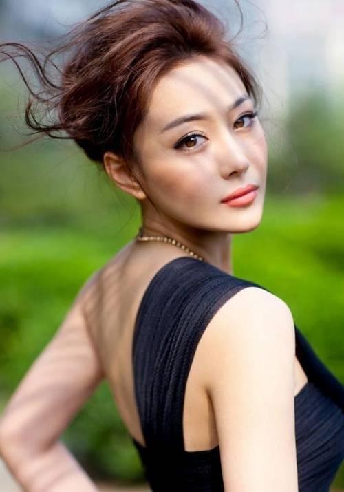 Trương Yến đổi tên Trương Hinh Dư.