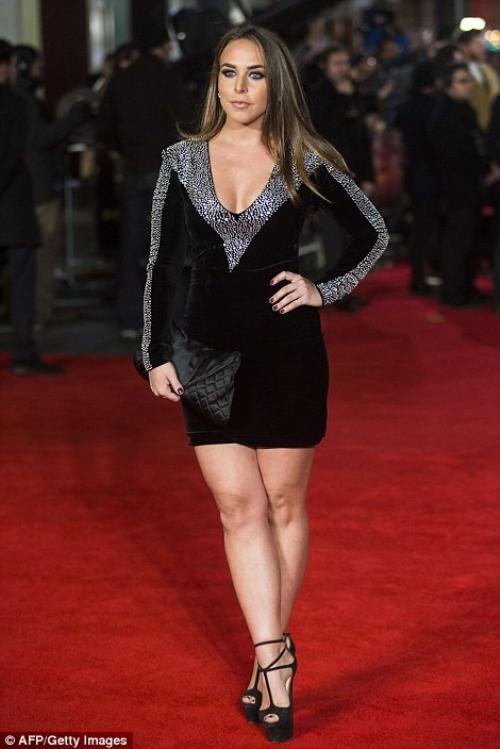 Người đẹp Chloe Green - con gái tỷ phú Philip Green - ông trùm bán lẻ hàng thời trang của Anh.