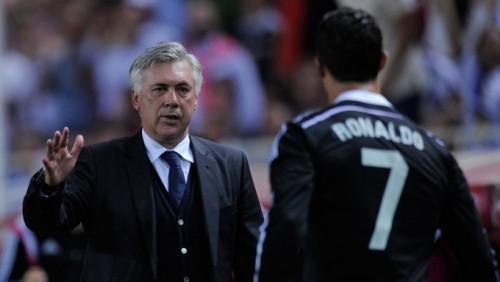 Ancelotti và CR7 lúc cùng làm việc trong màu áo Real.