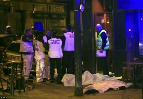 Vụ nổ gần sân vận động đã khiến nhiều người bị thương và thiệt mạng.