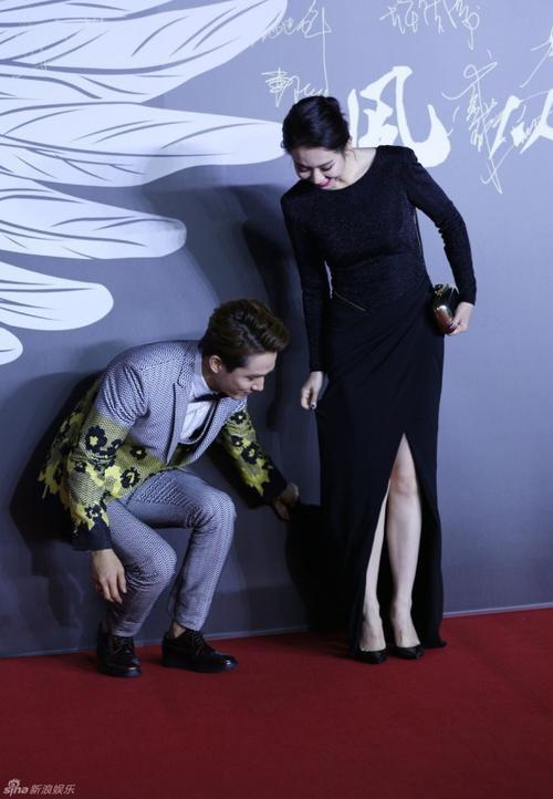 Vợ chồng Lee Seung Hyun và Thích Vy tình cảm trước ống kính.