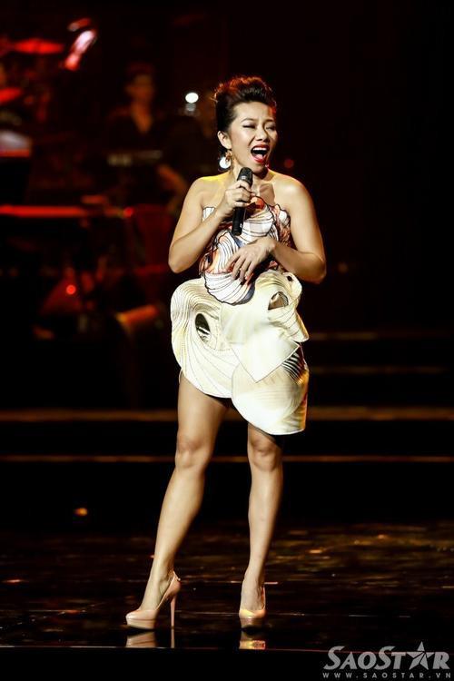 Trần Thu Hà trong đêm nghệ thuật The Master of Symphony.