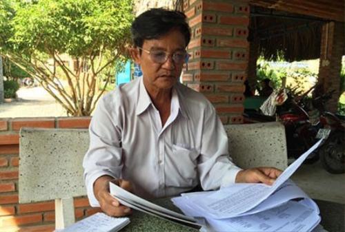 Ông Lê Văn Tài suốt gần 6 tháng qua tạm gác lại công việc gia đình để đi khắp nơi tìm kiếm cháu gái của mình nhưng đến nay vẫn bật tin.