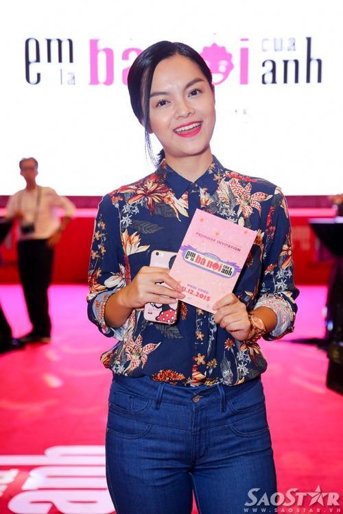 Phạm Quỳnh Anh trẻ trung và xinh xắn.