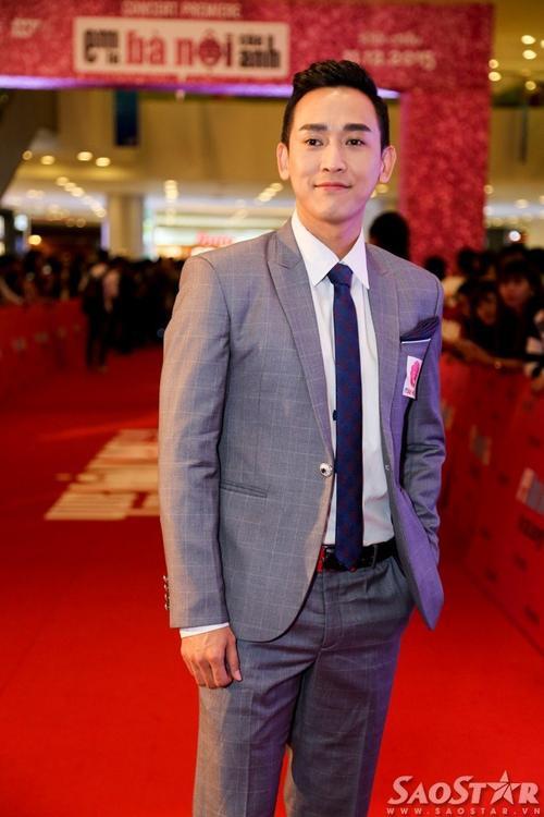 Đối tượng của Min Ji chính là Đức (Hứa Vĩ Văn), chàng bầu show đẹp trai, giàu có.