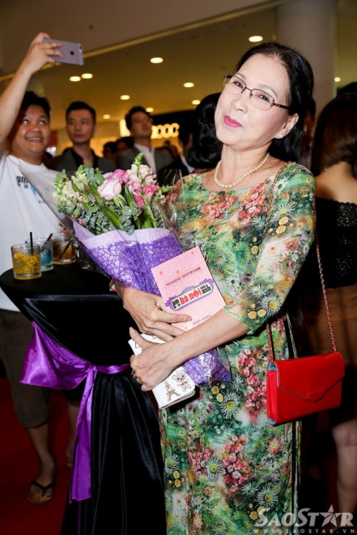 NSƯT Kim Xuân cũng có một vai diễn nhỏ trong phim.