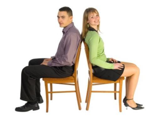 Ngồi thẳng sẽ giúp gia tăng sự tự tin