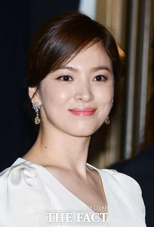 Song Hye Kyo được đánh giá cao hơn Yoon Eun Hye và Jessica.