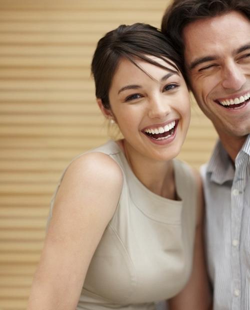 Có được một nụ cười đẹp sẽ giúp bạn tự tin hơn.
