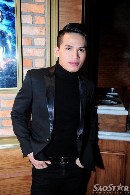 Ca sĩ Quốc Thiên - quán quân Vietnam Idol 2008.