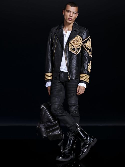 Chiếc áo khoác ấn tượng cho lookbook mới nhất của HM &Balmain.