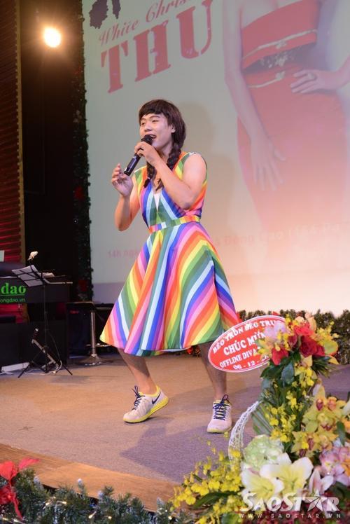 Người cuối cùng chọn nhép theo Just Love - bản hit mới nhất của nữ ca sĩ do tác giả Châu Đăng Khoa viết.