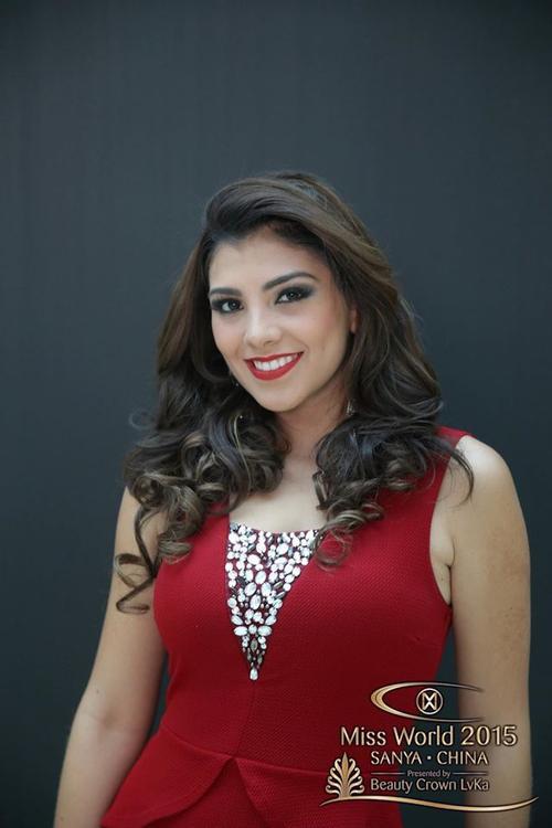 Với gương mặt này, hoa hậu Guatemala là người hiếm hoi không cần đến photoshop nếu nó đươc xem là một loại mỹ phẩm thiết yếu của phụ nữ.