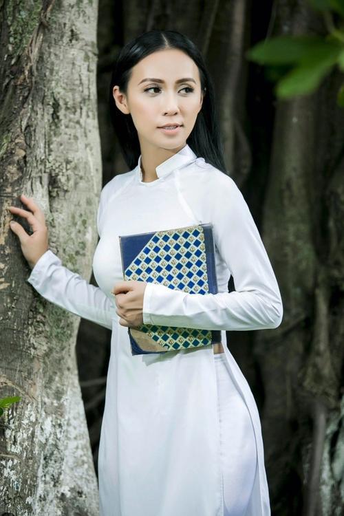 HuyenNivethamtruong (13)
