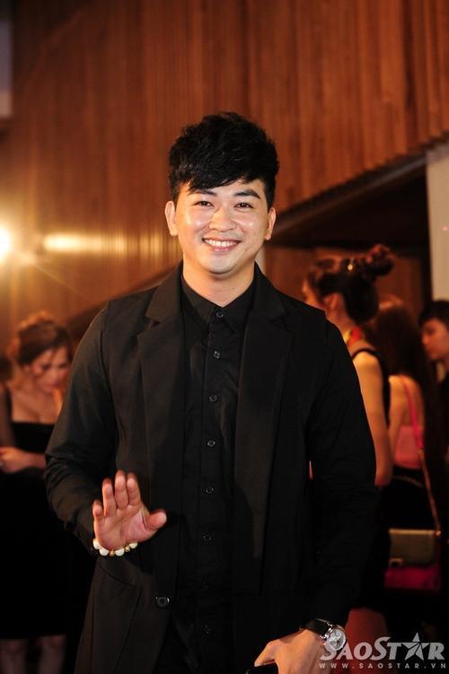 Ca sĩ Minh Tuấn.