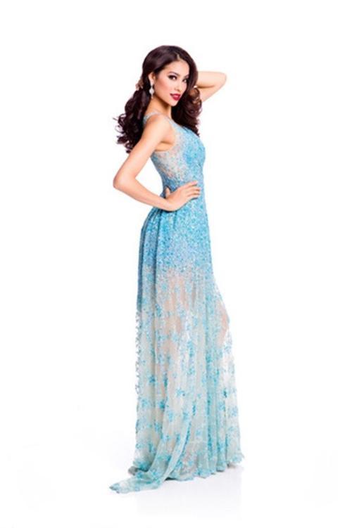 Trang phục dạ hội được ban tổ chức công bố của Phạm Hương.
