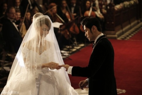 Châu Kiệt Luân và Côn Lăng  trong ngày cưới.