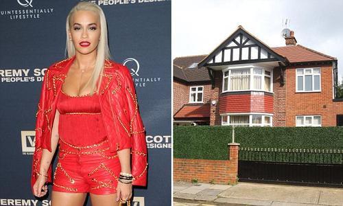 Căn nhà của Rita Ora bị trộm viếng trước 1 tuần trước khi Simon là nạn nhân kế tiếp.