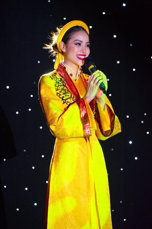 Pham Huong (3)