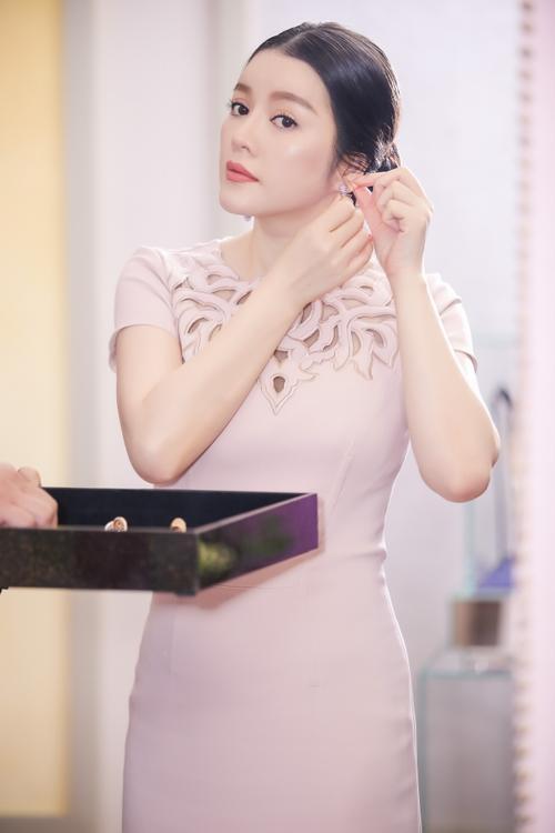Ly Nha Ky (5)