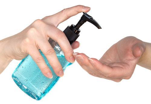 Hạn chế sử dụng nước rửa tay quá thường xuyên.
