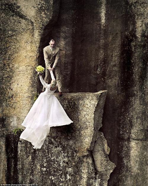 Những bức ảnh độc đáo ghi dấu kỷ niệm đáng nhớ của cặp vợ chồng
