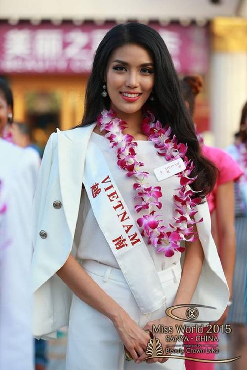 Lan Khuê nhận được sự yêu mến của khán giả khi tham gia cuộc thi Hoa hậu Thế giới 2015