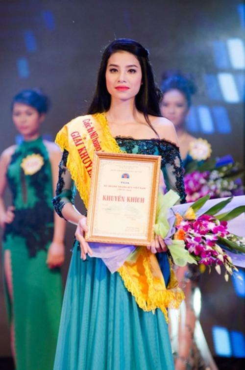 Liên tiếp những năm sau đó, cô lọt Top 5 Nữ hoàng trang sức 2013, Á hậu 1 cuộc thi Hoa hậu Thể thao thế giới, tham gia Hoa hậu Đại dương 2014. Nhưng cô vẫn là cái tên lạ.
