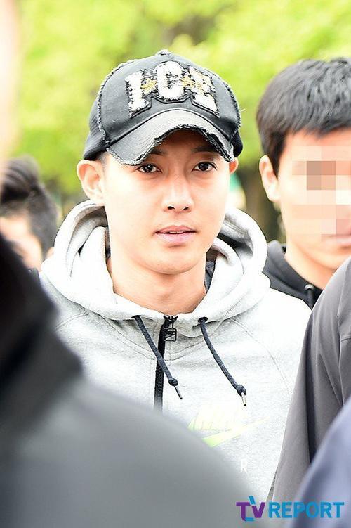 Kim Hyun Joong được xác nhận có con trai với bạn gái cũ họ Choi.