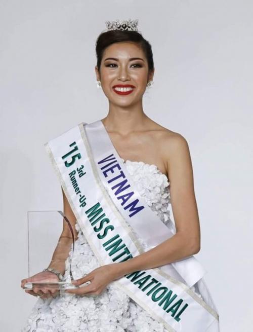 Thúy Vân mang về thành tích cao nhất với giải Á hậu 3 Hoa hậu Quốc tế.